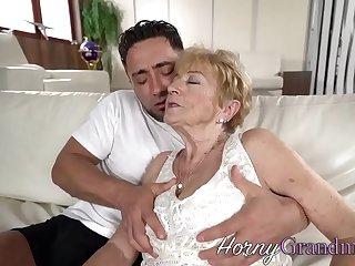 Granny slut facialized tick fucking