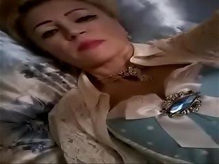 Russian rich ma sent me her ingenuous selfies, cam.555.hhos.ru