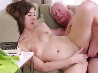 Venerable Bloke Fucks In the matter of Young Interesting Teen Pussy