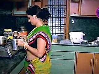 Indian Housewife Tempted Chum Neighbour copier in Kitchen (Low)