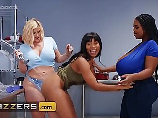 www.brazzers.xxx/gift - ape with an increment of watch on the go Jenna Foxx video